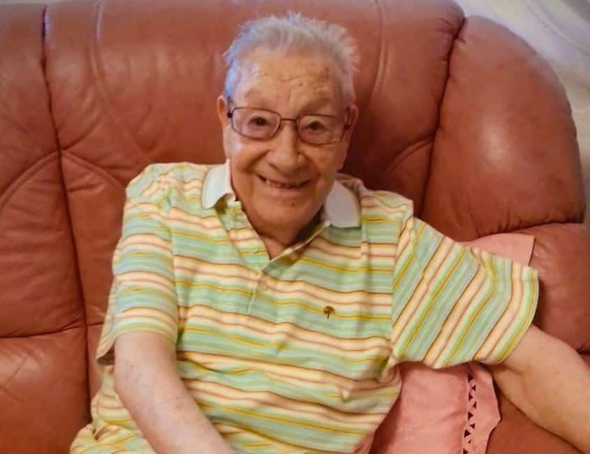 È morto Pippo Rallo, lutto nel mondo della musica siciliana: il cantante si è spento a 92 anni