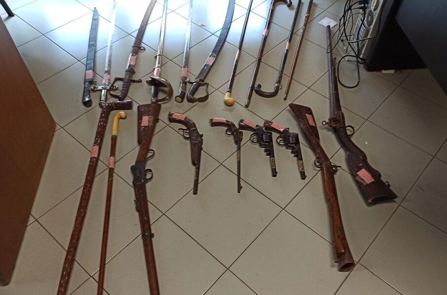 Soprintendenza Beni Culturali di Catania salva dalla rottamazioni armi di valore storico – Le FOTO