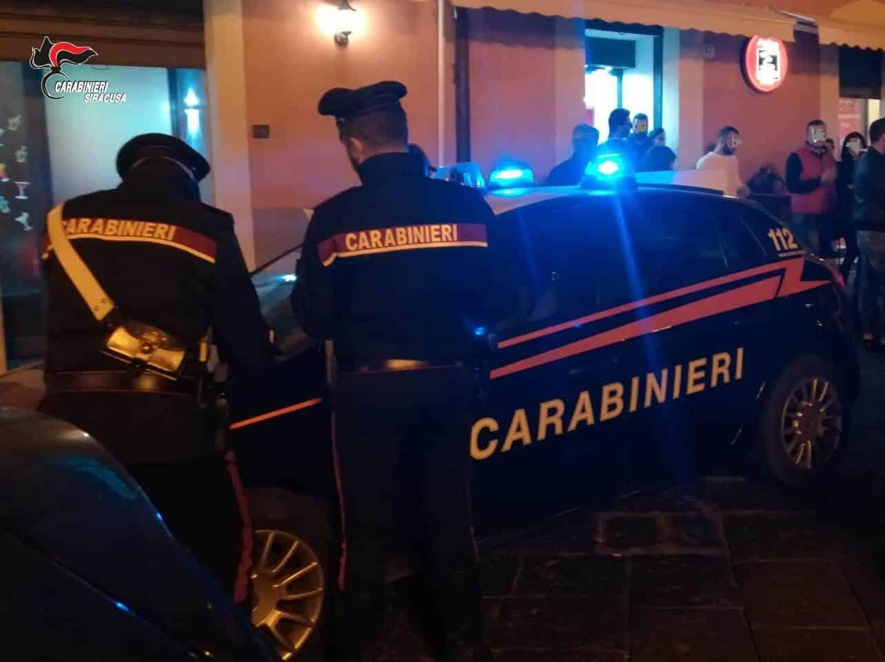 Controlli Covid Sicilia, chiuso noto bar/tabacchi: assembramento di clienti per l'estrazione del Lotto