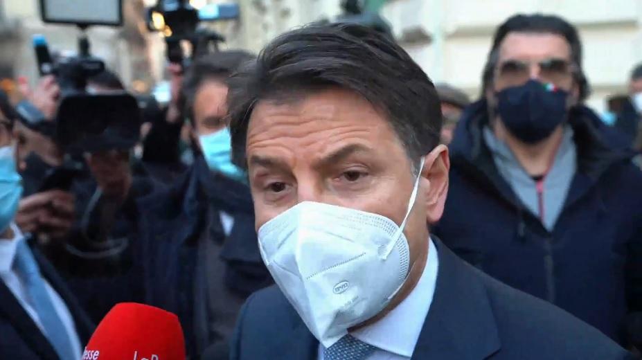 """Governo in crisi, lo """"spettro"""" delle dimissioni di Conte e lo scontro con Italia Viva. Il premier: """"Servono dialogo e coesione"""" – VIDEO"""