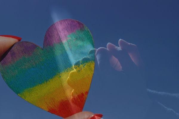 """Religioni e omosessualità, una giornata di dialogo per ripristinare un """"messaggio d'amore distrutto"""""""