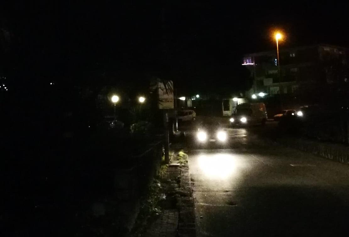 """Catania, alcune vie di San Giovanni Galermo al buio. Nauta: """"Problema che si protrae da troppo"""" – FOTO e VIDEO"""