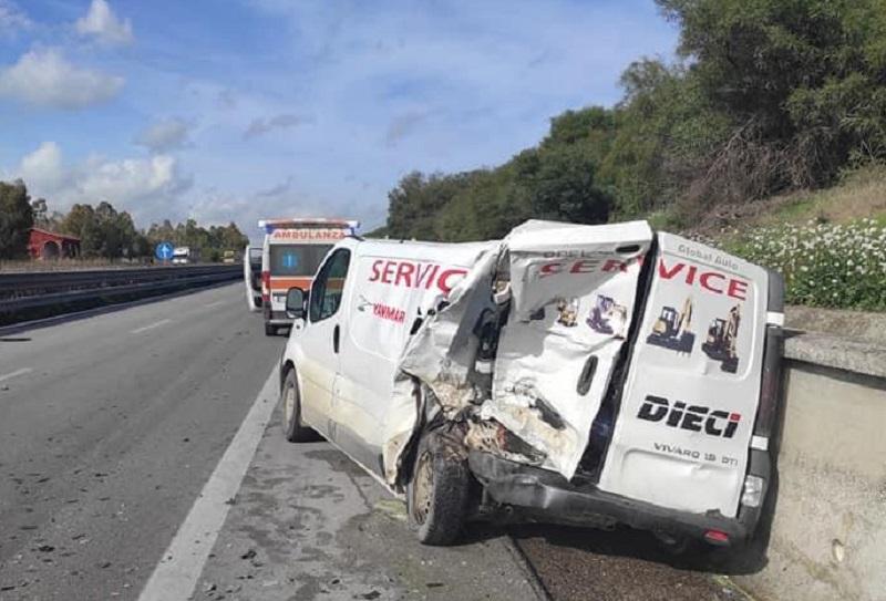 Spaventoso incidente sulla A19, scontro tra Mulinello ed Enna: traffico in tilt verso Palermo – Le FOTO