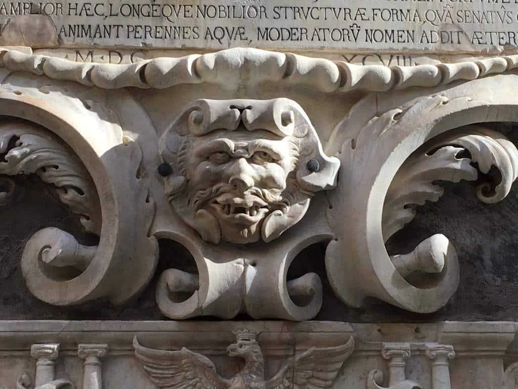 """Palermo, torna a """"sorridere"""" il mascherone della Vucciria restaurato. Samonà: """"Tutela del patrimonio deve coinvolgere ciascuno di noi"""""""