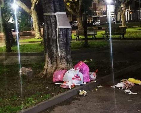 Catania, piazza Palestro tra rifiuti e degrado: area ripulita dopo le segnalazioni dei cittadini