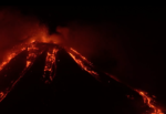 Etna in eruzione, lo stupore di una bellezza naturale: il VIDEO delle esplosioni