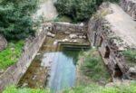 Lipari, saccheggiate le terme di San Calogero: ignoti portano via pietre del muretto a secco
