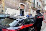 Catania, finisce incubo per due donne: botte con manico di scopa, violenze sessuali ed estorsioni