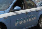 """Catania, pusher """"in trasferta"""" beccato dalla polizia scappa nelle campagne di Librino: trovata cocaina nel giubbotto"""