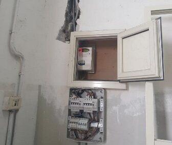 Adrano, titolare di una vetreria arrestato per furto di energia elettrica