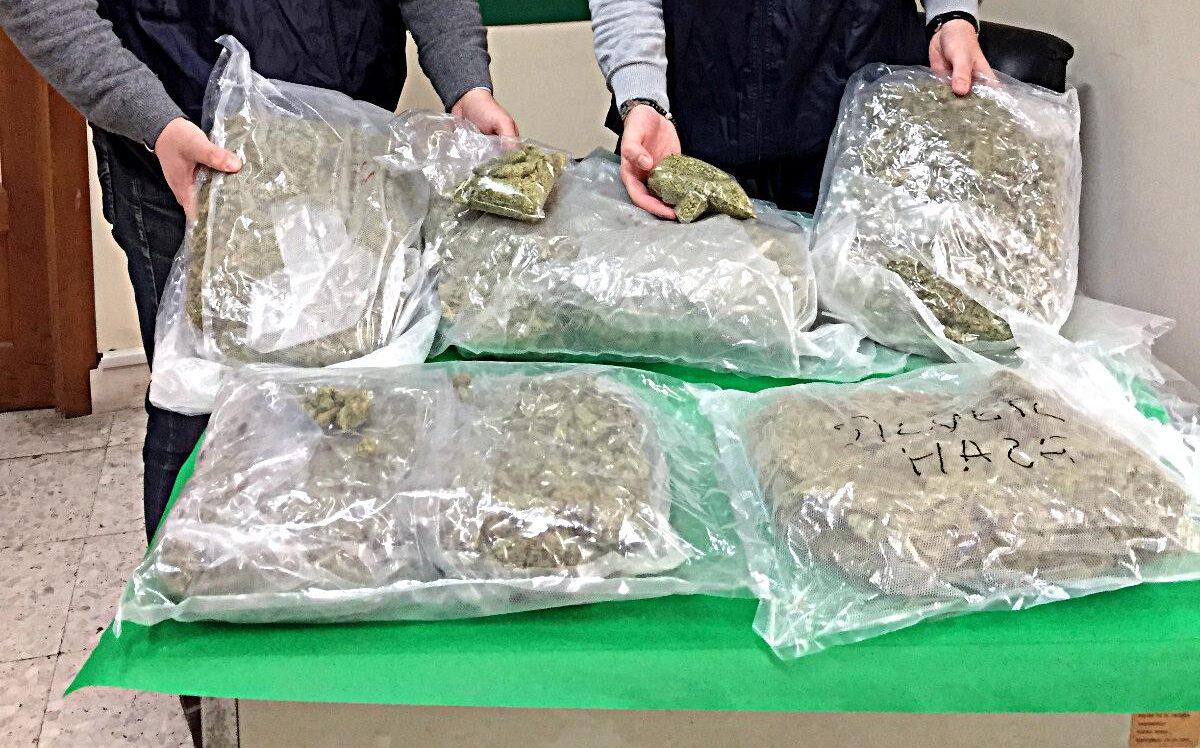 Corriere della droga fermato alla Tangenziale di Catania: Christian Amato arrestato con 6 Kg di marijuana