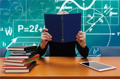 Covid-19, dalla Regione 25 milioni alle scuole siciliane per tablet e interventi di edilizia leggera