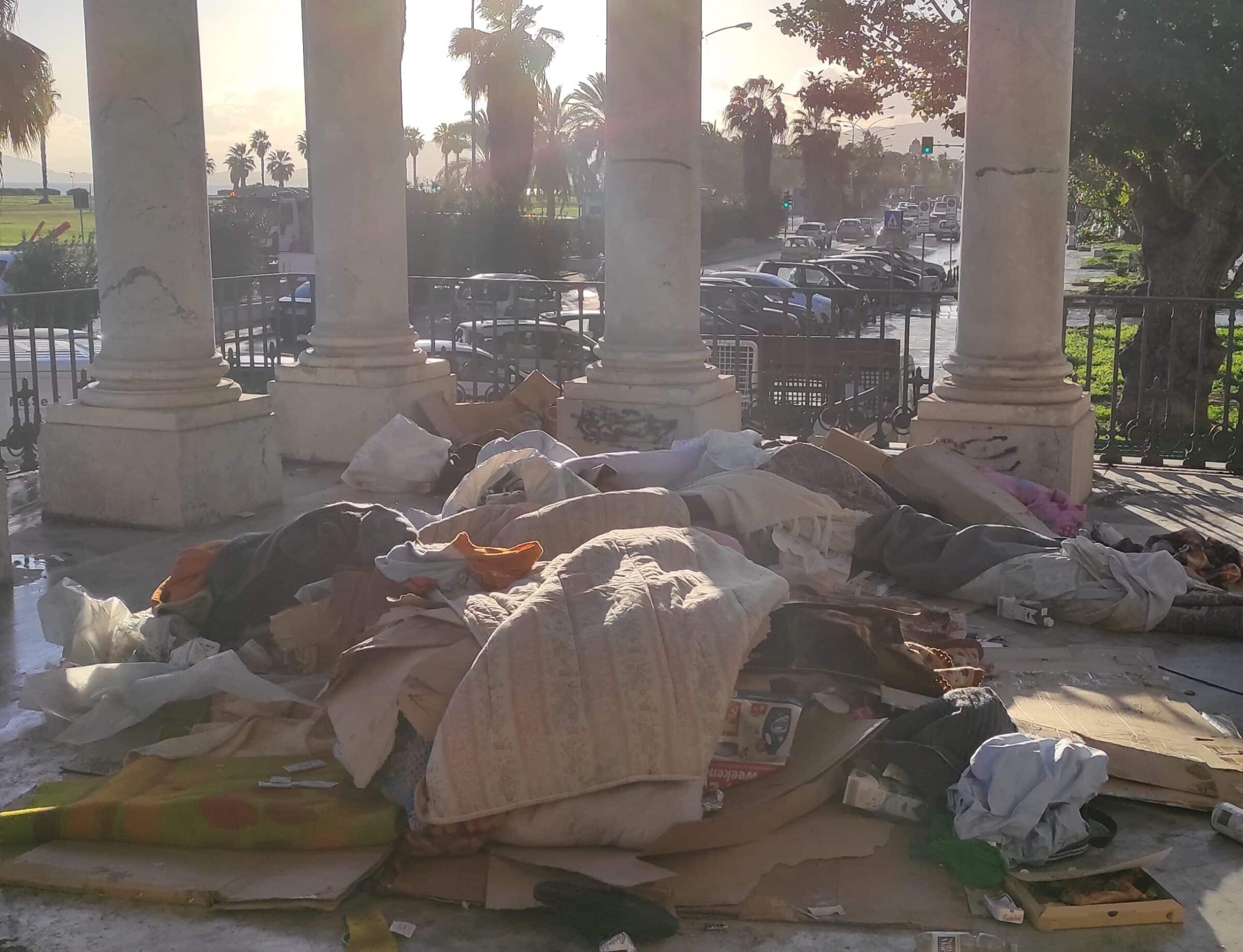 """Palermo, intervento a supporto dei senzatetto al Foro Italico. Giambrone: """"Dare dignità a coloro con fragilità"""""""