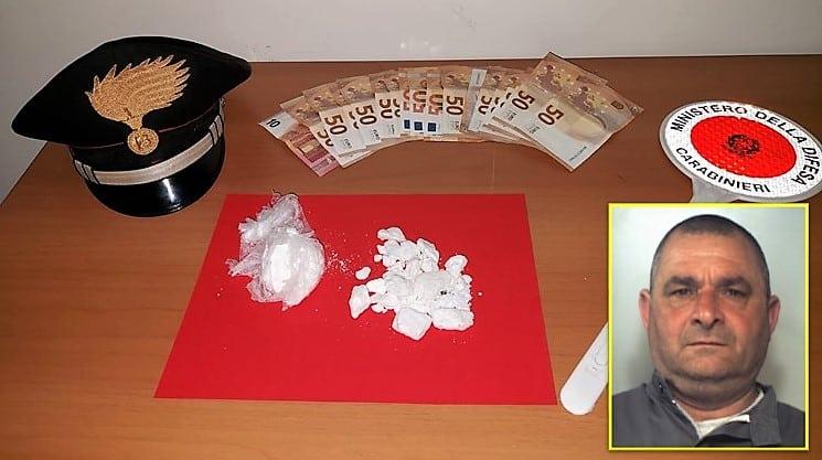 Catania, fugge lanciando la cocaina dal finestrino dell'auto: inseguito ed arrestato