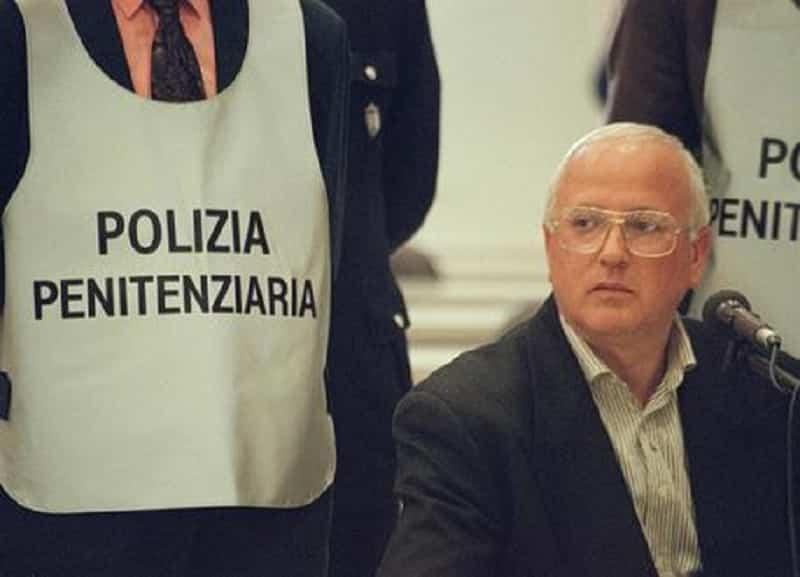 Camorra, morto il boss Raffaele Cutolo nello stesso reparto di Riina: fu il fondatore della Nco