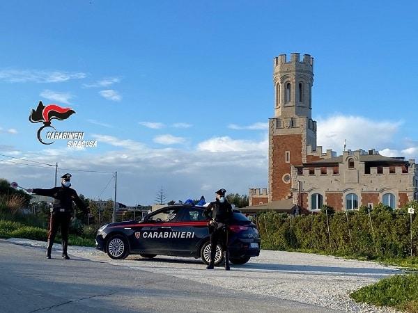 Pachino, tensione in chiesa: 38enne di Noto danneggia oggetti sacri, arrestato