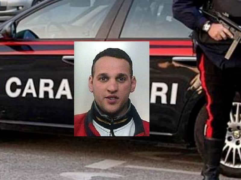 Motta Sant'Anastasia, 34enne guida senza patente e si improvvisa venditore di carciofi: arrestato