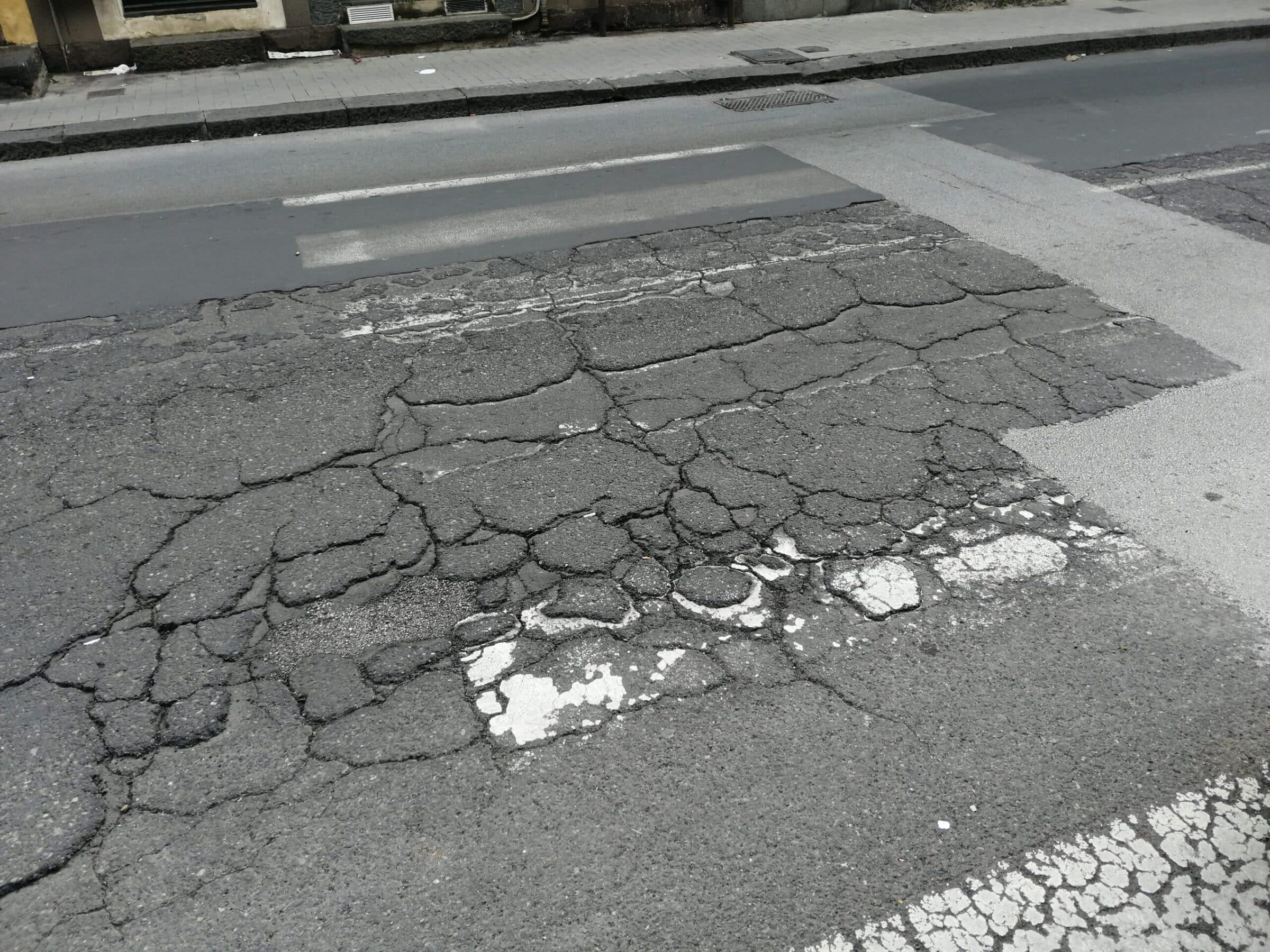 Catania, segnaletica da rifare in molti punti del quartiere Borgo-Sanzio. La richiesta del presidente Ferrara