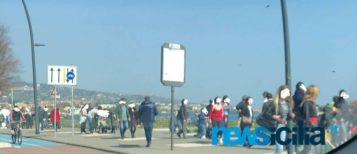 Catania baciata dal sole e dalla zona gialla, domenica al lungomare tra mascherine e voglia di normalità – FOTO