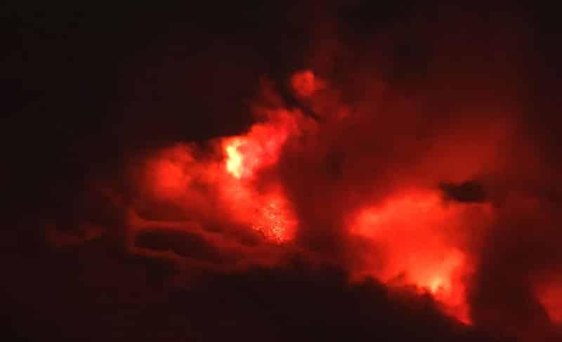 "Eruzione Etna, il 14º parossismo causa ondata ""ingiustificata"" di paura. Behncke (Ingv): ""Niente da preoccuparsi"""