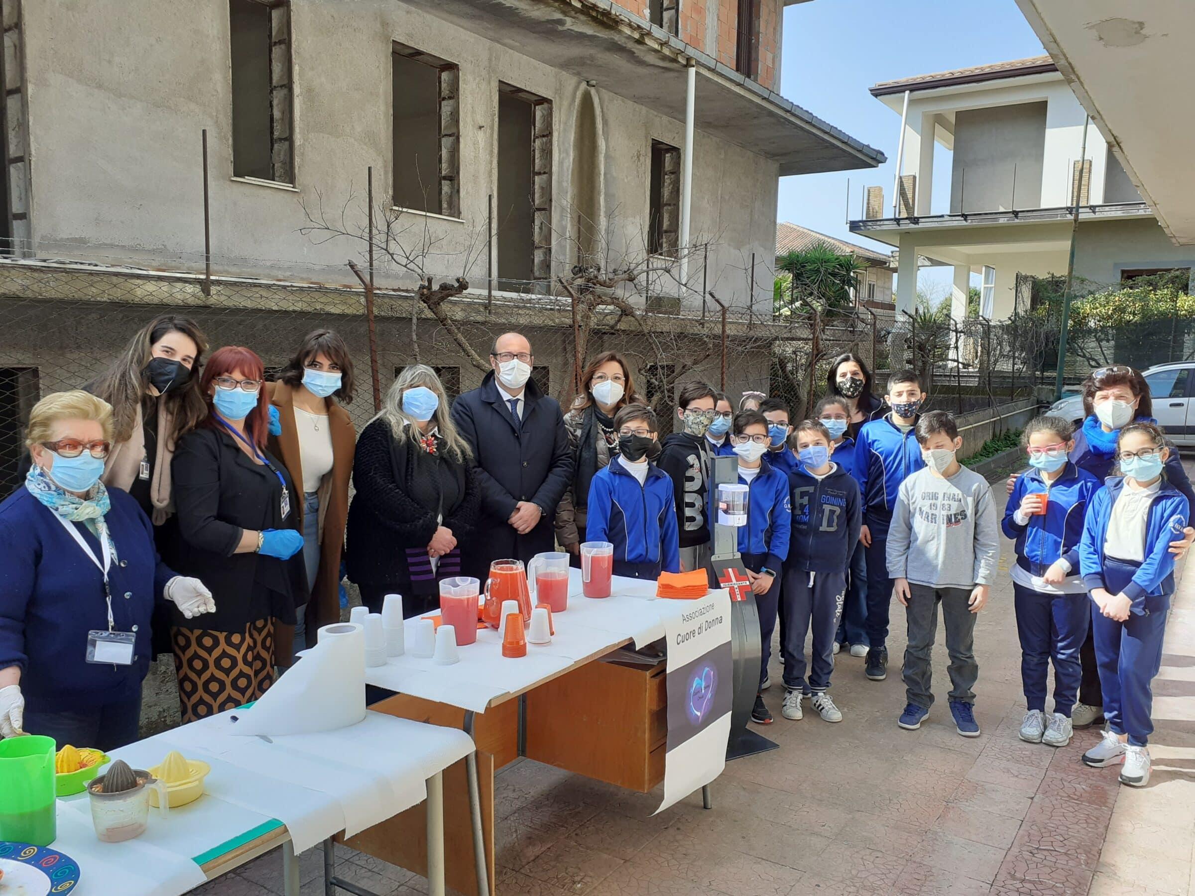 """Gli alunni dell'Istituto Comprensivo G. Fava di Mascalucia incontrano i volontari dell'associazione """"Cuore di Donna"""""""