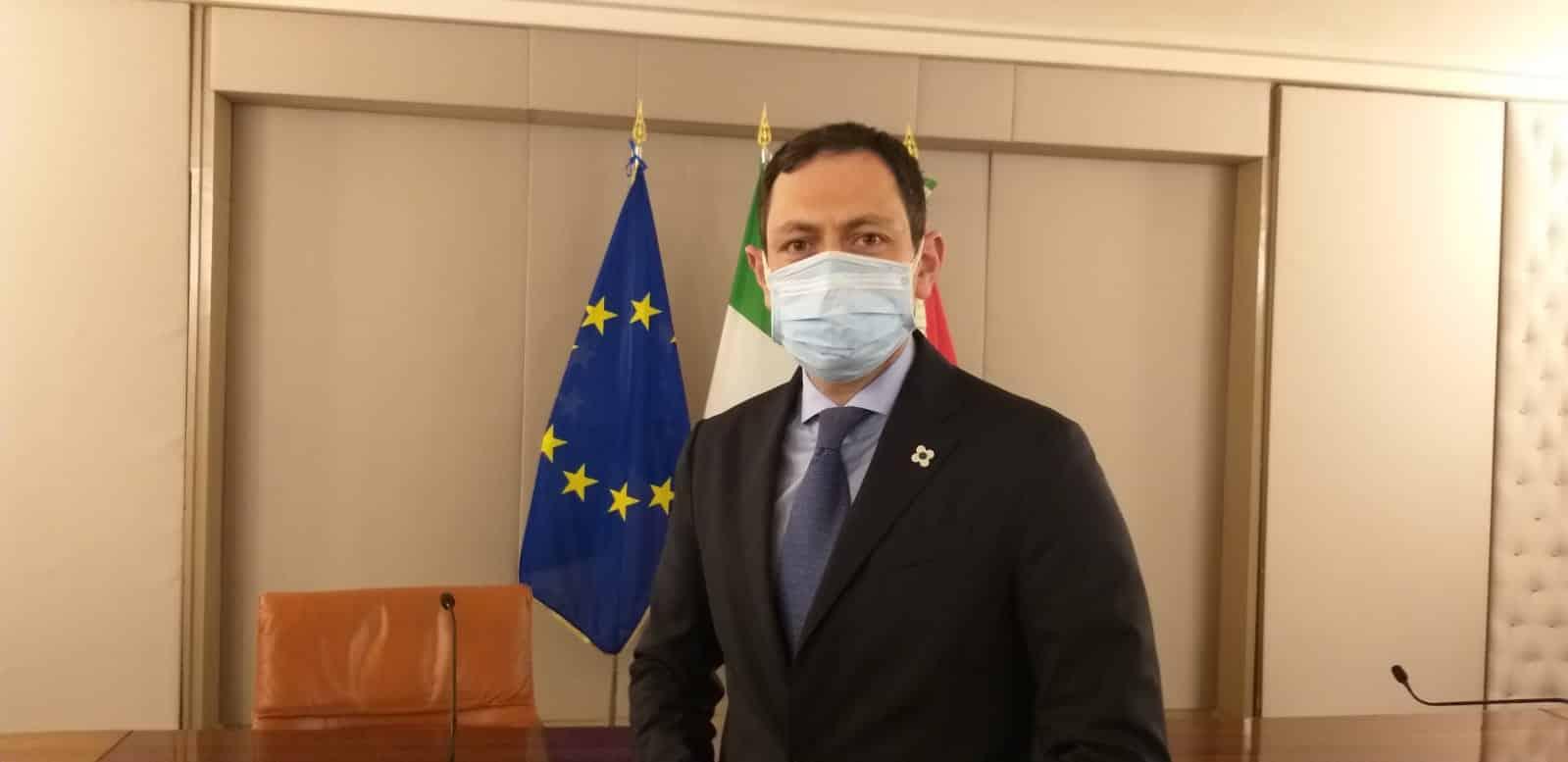 """Coronavirus, l'assessore Razza sul lotto di vaccino 2856 e i decessi in Sicilia: """"Dovere di chiarezza"""" – VIDEO"""