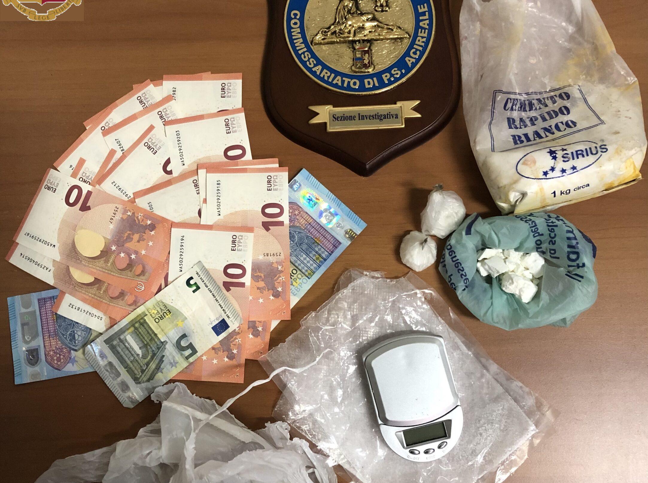 Acireale, spacciava cocaina nel centro cittadino: scattano i domiciliari per un 42enne