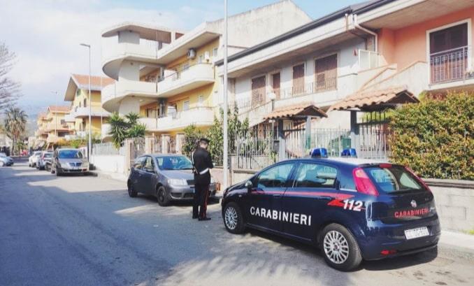 Minorenne ruba televisore nel Catanese, 17enne incastrato dalle telecamere di videosorveglianza