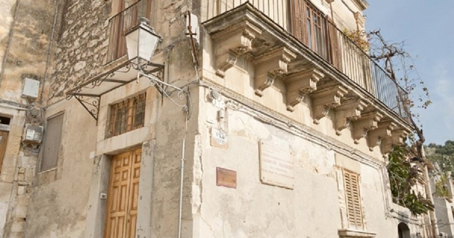 """In vendita la casa natale di Quasimodo, Assessore Samonà: """"Patrimonio di interesse nazionale, bisogna tutelarlo"""""""