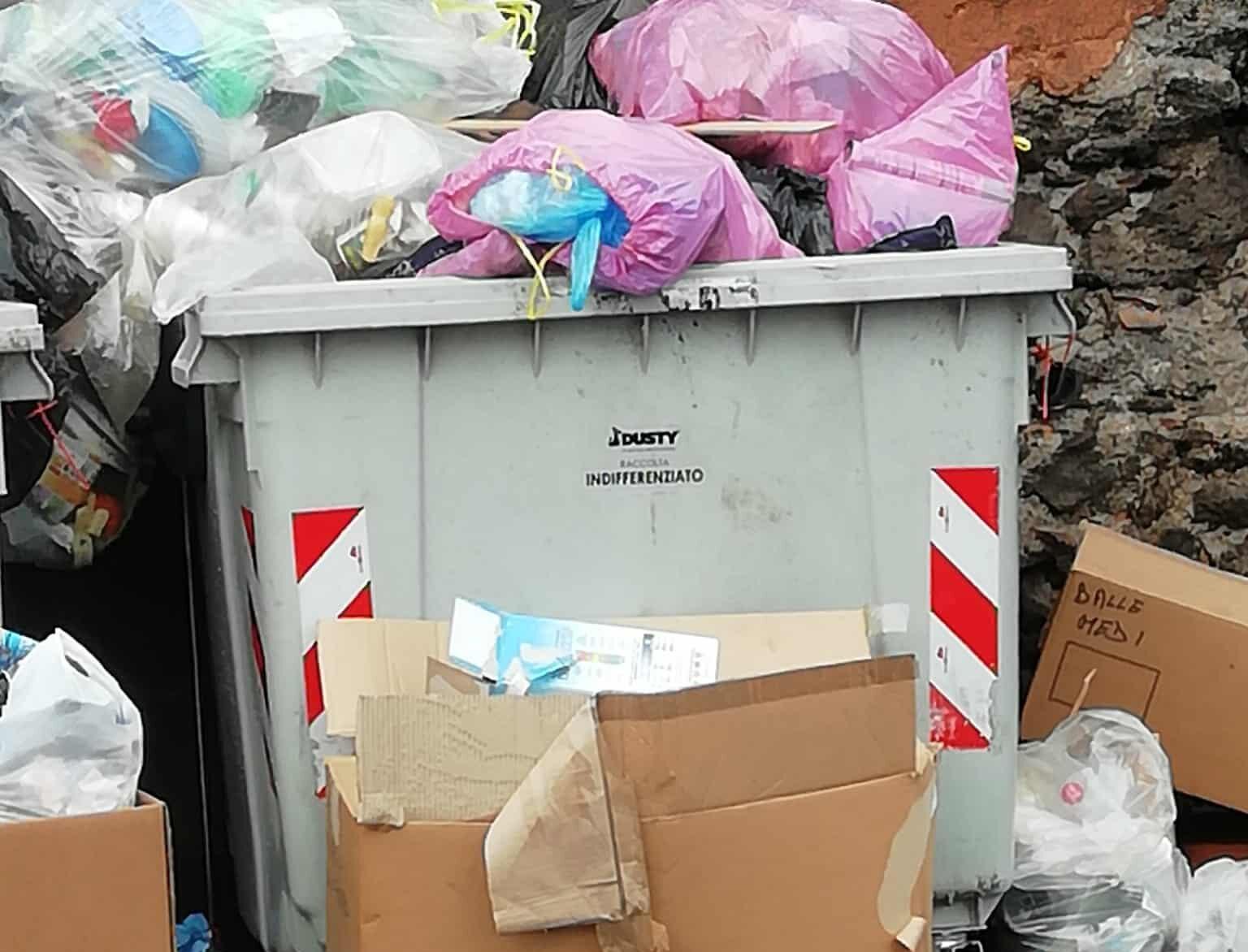 San Giovanni Galermo, rifiuti e topi in via Immacolata: la proposta di Nauta, la denuncia dei residenti – FOTO e VIDEO