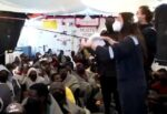 Sea Watch, in arrivo le 368 persone fuggite dalla Libia e soccorse nel Mediterraneo: porto sicuro ad Augusta – VIDEO