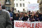 """Sicilia, stabilizzati i lavoratori Asu ma il settore forestale attende da 30 anni: """"Felici per i colleghi, ma siamo presi in giro"""""""