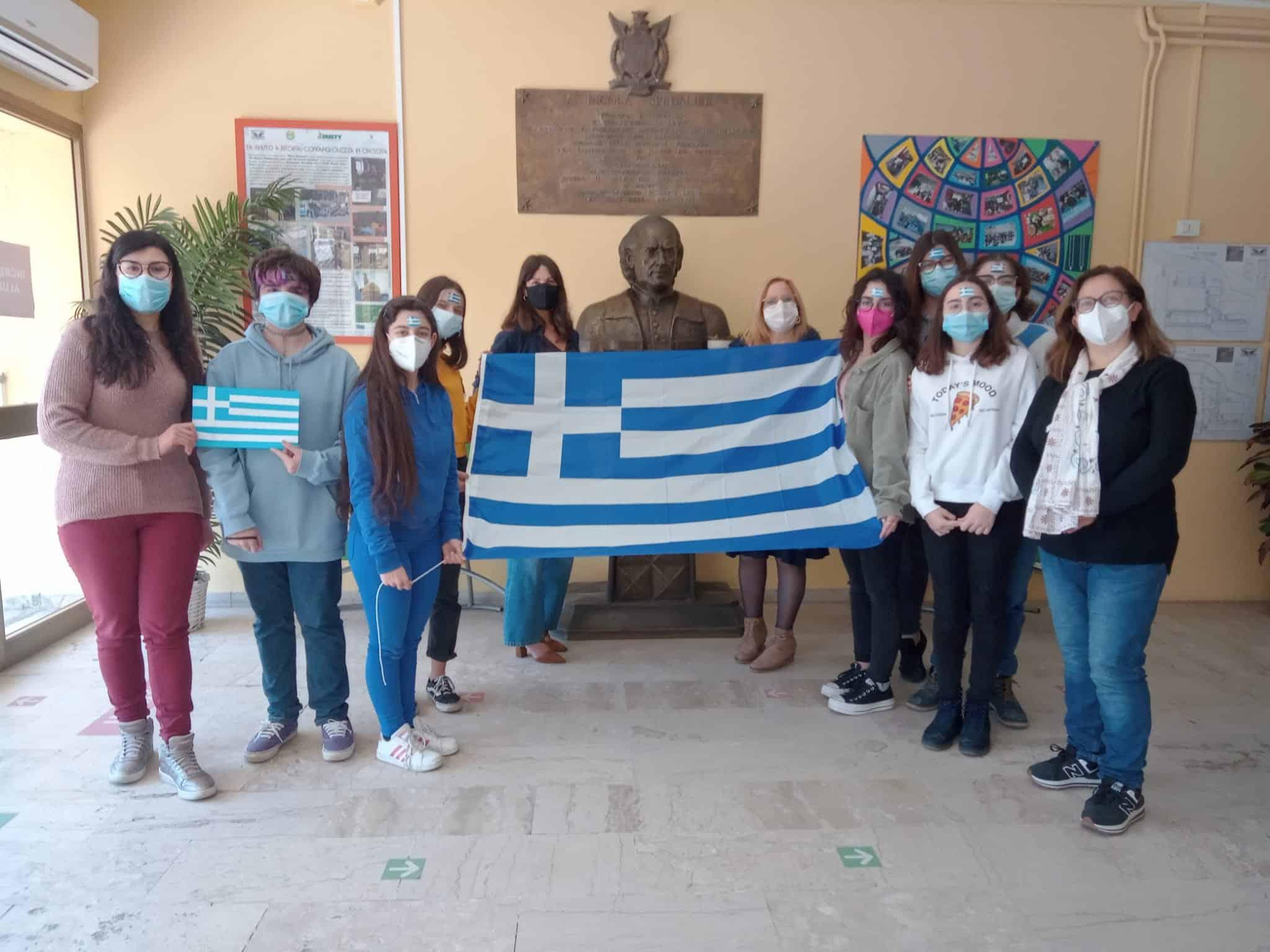 """Storia, memoria e libertà: gli studenti dello """"Spedalieri"""" di Catania incontrano la Grecia – VIDEO e FOTO"""
