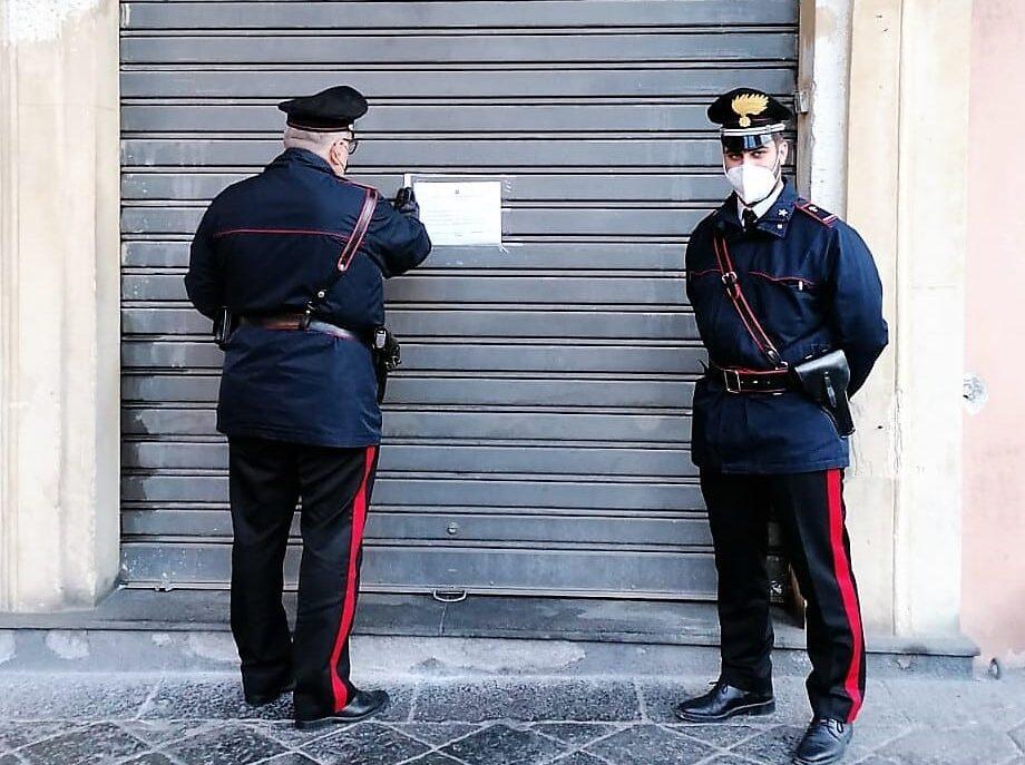 Catania, controlli a tappeto: chiuso un noto ristorante, denunciate quattro persone
