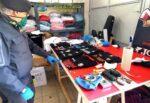 Capi contraffatti, sequestrato laboratorio di stampa serigrafica a Belpasso: denunciato il titolare