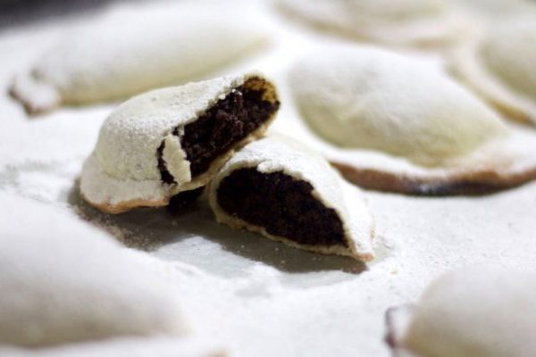 Cassatelle di Agira, la perla della pasticceria siciliana che rende più dolce la Pasqua – RICETTA