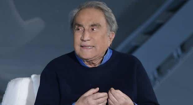 """Emilio Fede ricoverato al San Raffaele, arriva la smentita: """"Non è Covid, è stata una brutta caduta"""""""