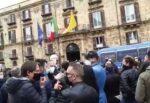Covid Sicilia, a Palermo si protesta: commercianti chiedono di riaprire in sicurezza