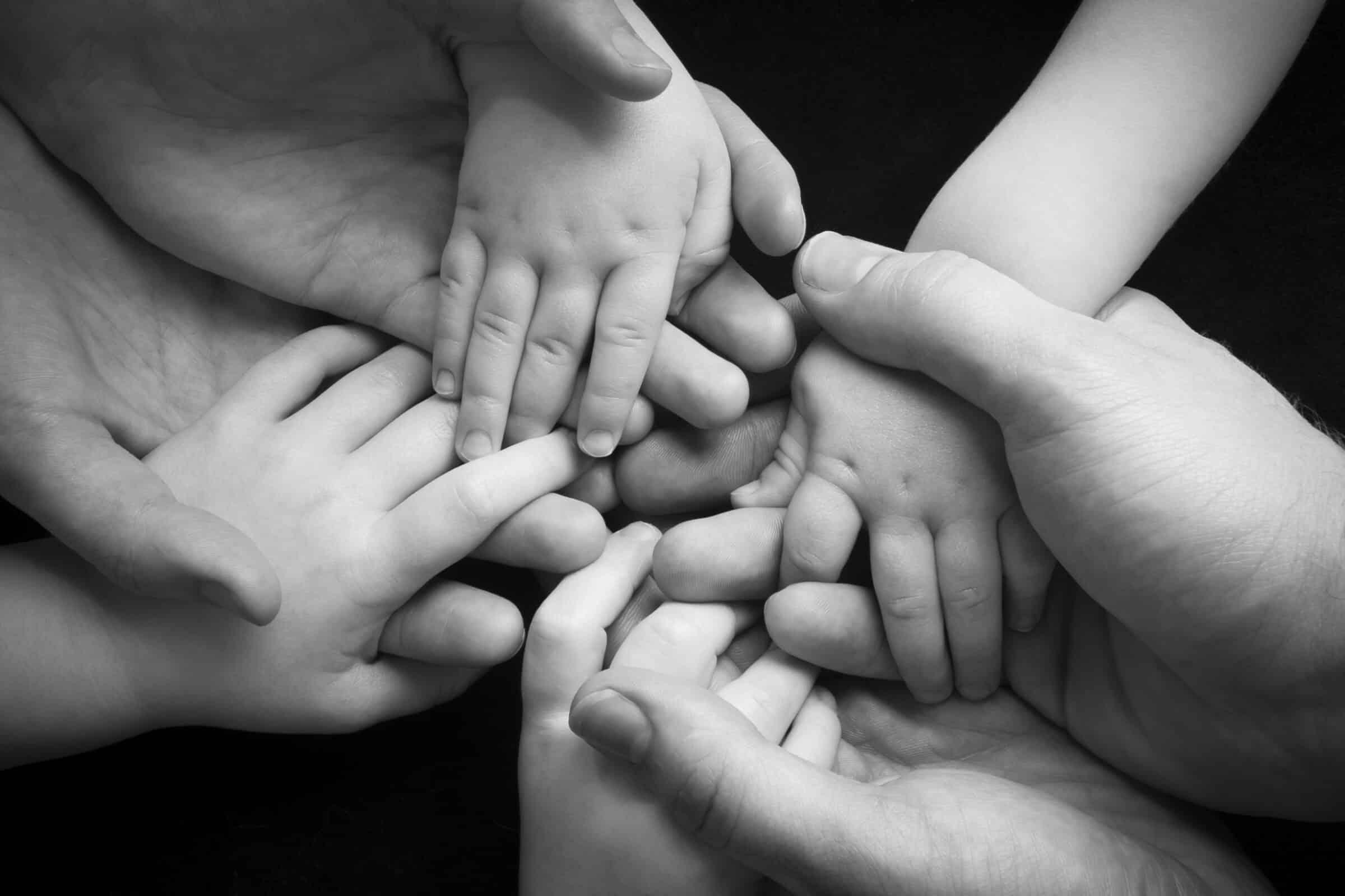 """""""La famiglia non è una cosa importante, è tutto"""": la Giornata Internazionale per celebrare genitori e figli"""