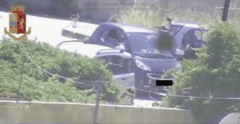 """Operazione """"Market Place"""", gli scontri armati e la """"centrale dello spaccio"""": decine di arresti in corso – VIDEO"""