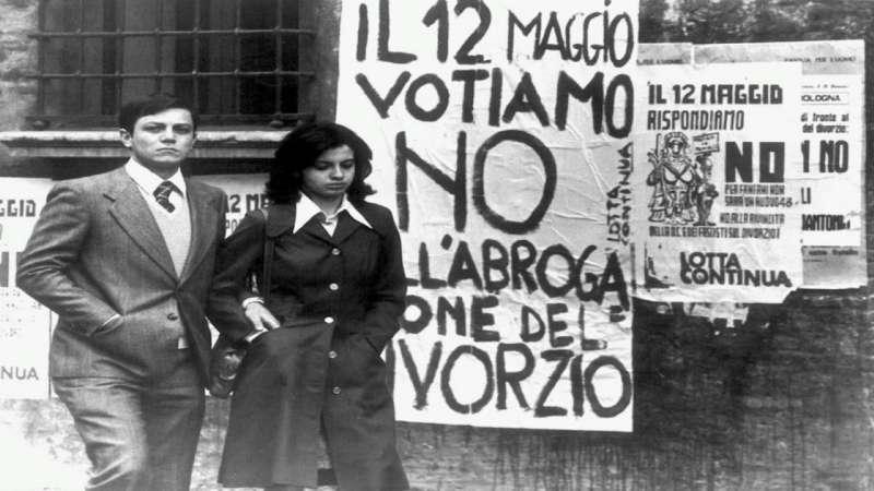 """Referendum abrogativo sul divorzio del '74, il """"no"""" che cambiò l'Italia: l'analisi dell'istituto ai giorni nostri"""