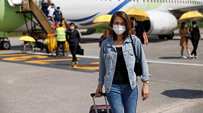 Covid Italia, viaggi: da oggi stop quarantena da paesi dell'Unione Europea: l'ordinanza di Speranza