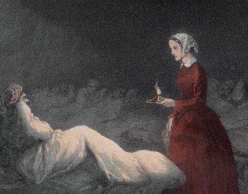 Giornata internazionale degli infermieri: la storia di Florence Nightingale, fondatrice delle scienze infermieristiche moderne