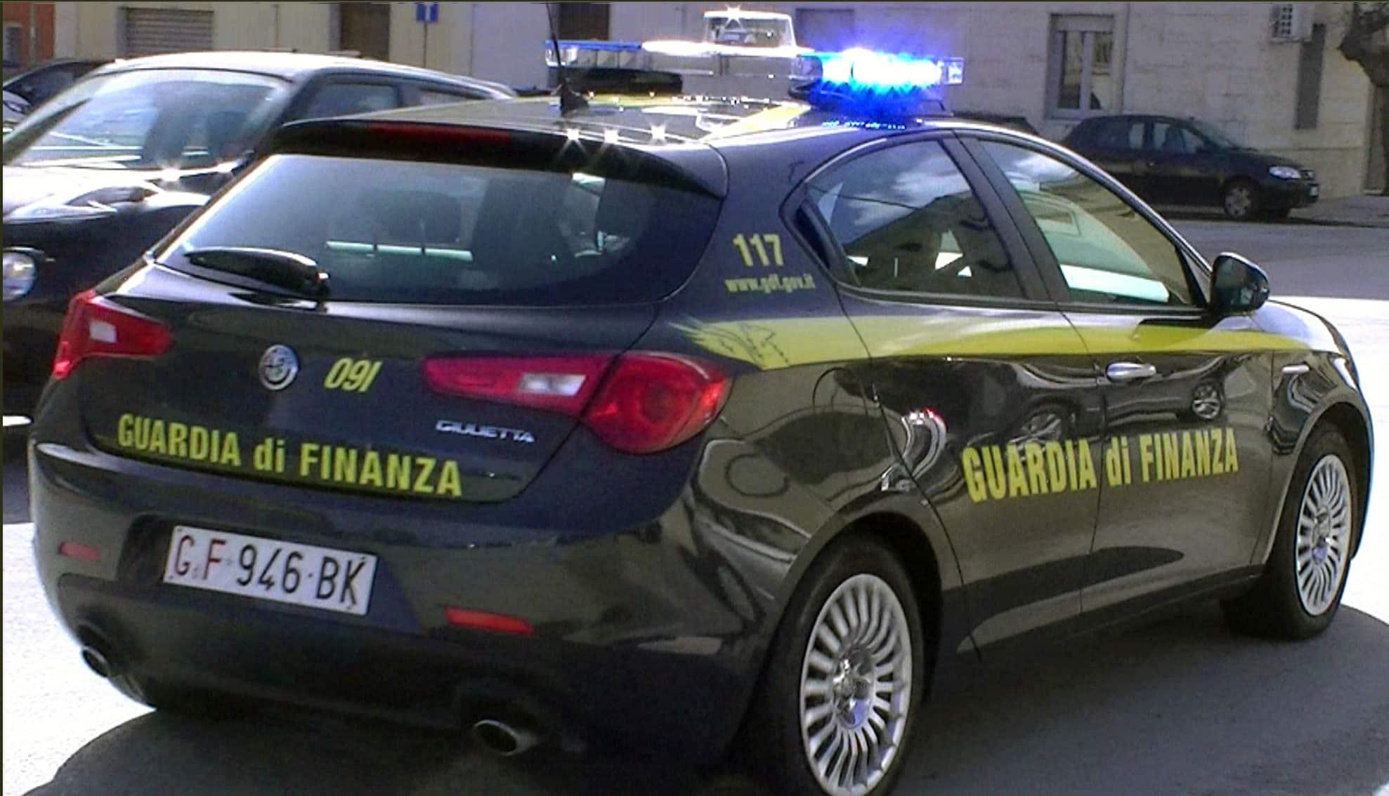 """Sicilia, continua la lotta ai """"furbetti"""" del Reddito di Cittadinanza: segnalati in 5 dalla Guardia di Finanza"""
