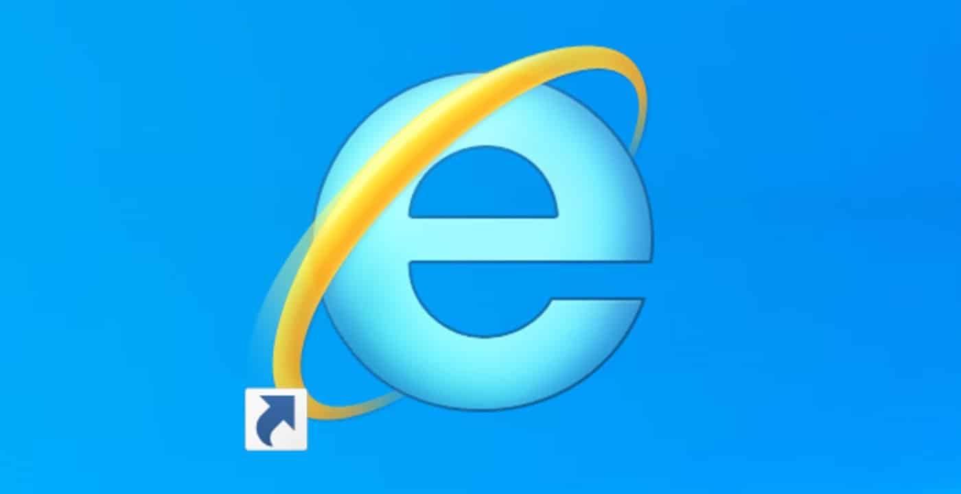 """Internet Explorer va in """"pensione"""" e chiude per sempre: dopo più di 25 anni, lascia il posto a Microsoft Edge"""