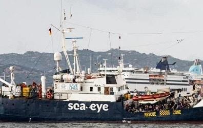 Sbarchi in Sicilia, nuova nave in arrivo respinta da Malta: sbotta il presidente Nello Musumeci