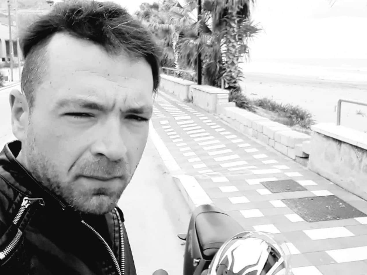 Ancora sangue sulle strade siciliane: Antonino Pellegrino perde la vita dopo impatto col marciapiede