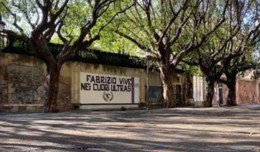 Catania, sarà rimosso il murale di Fabrizio Lo Presti in piazza Dante: prevista l'installazione di una targa