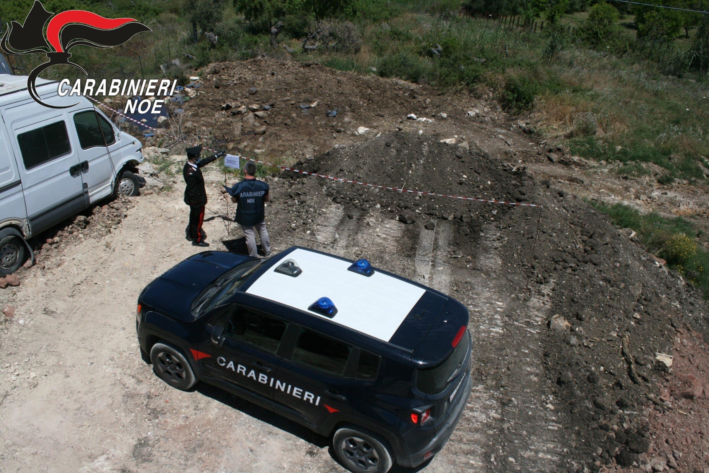 Controlli ditta autotrasporti: NOE di Catania sequestra sito e denuncia responsabile, sversamento di rifiuti