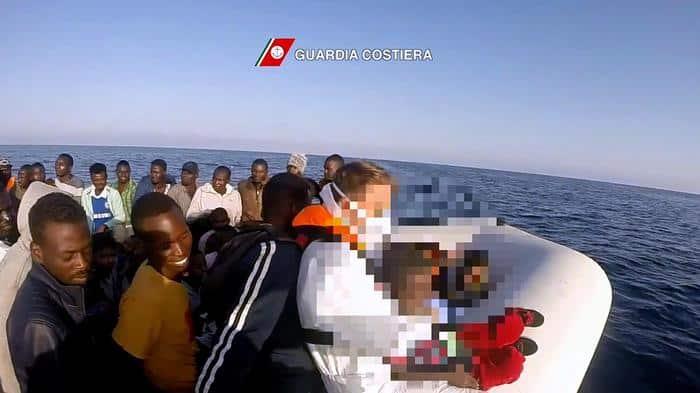 Migranti sbarcati ad Augusta dalla Geo Barents, preso presunto scafista: è un cittadino tunisino di 42 anni